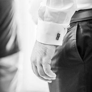 Préparatifs de mariage, bouton de manchette